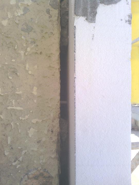 ITE par des panneaux de polystyrène expansé de 12 cm d'épaisseur (Knauf – Therm ITEx Th 38 SE)